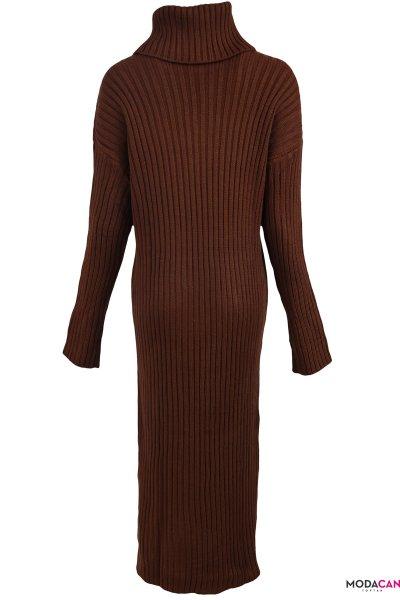 Yırtmaçlı Triko Elbise