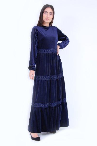 Dantel Detaylı Kadife Elbise
